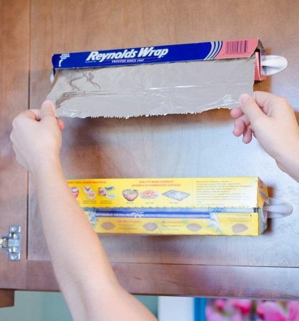 Как освободить место на кухне с помощью крючков